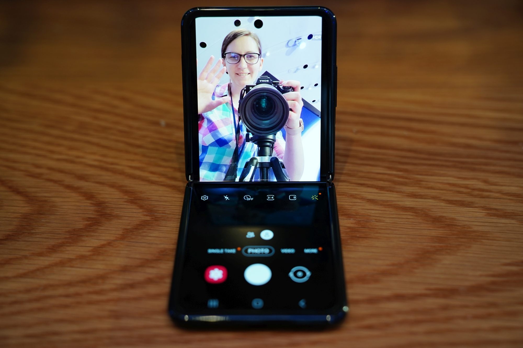 Szukam małego smartfona i ze smutkiem stwierdzam, że nie ma w czym wybierać