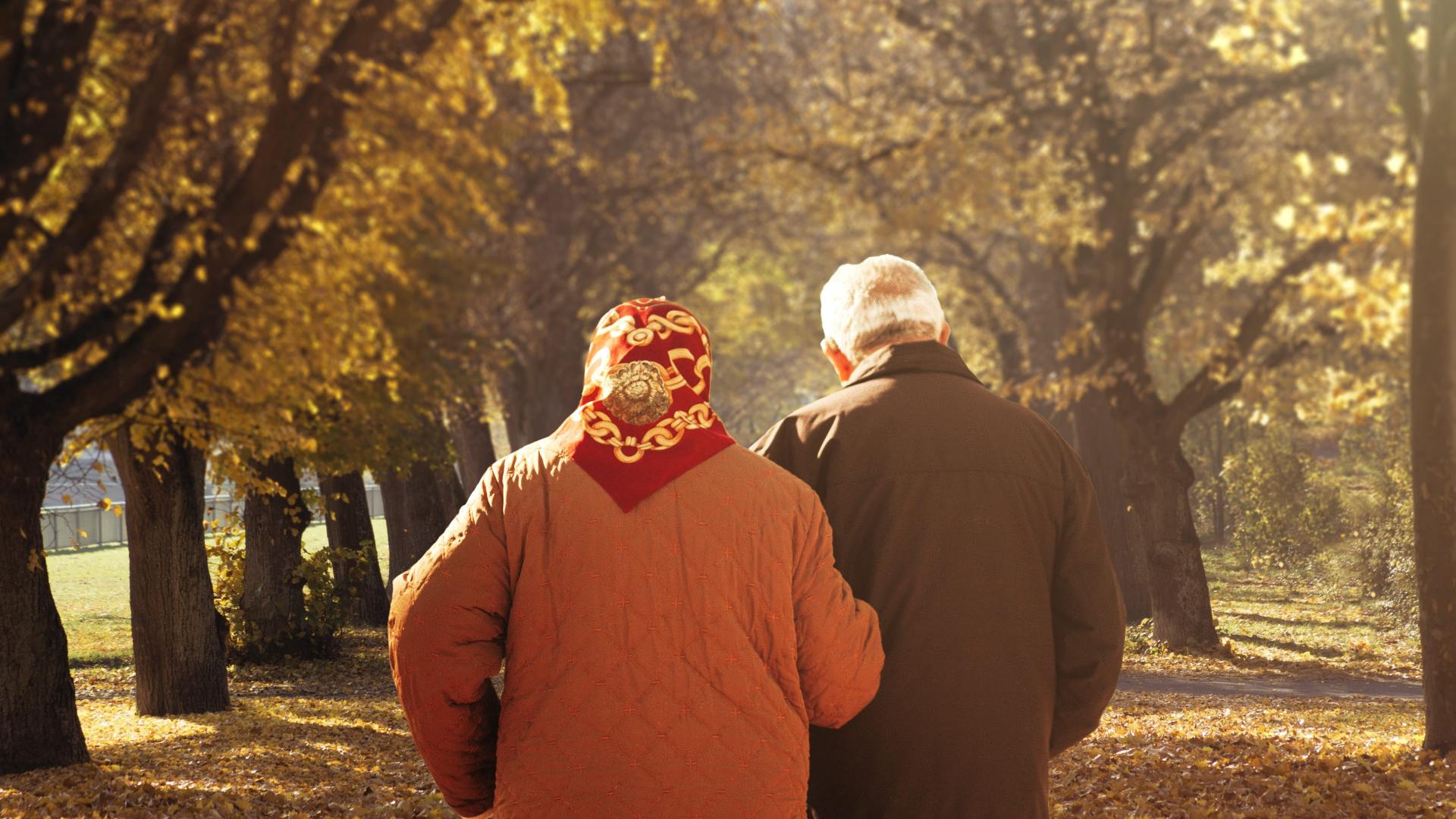 Orange wyciąga dłoń do seniorów i wydłuża czas na opłacenie rachunków