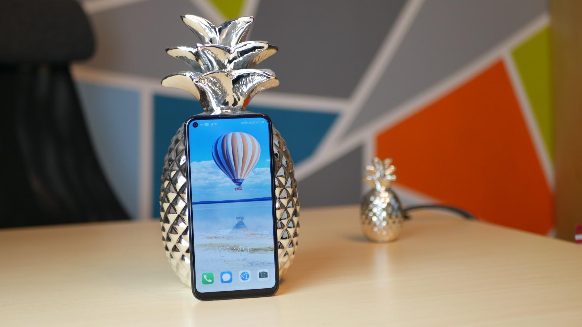 Huawei P40 Lite E / fot. Kacper Żarski