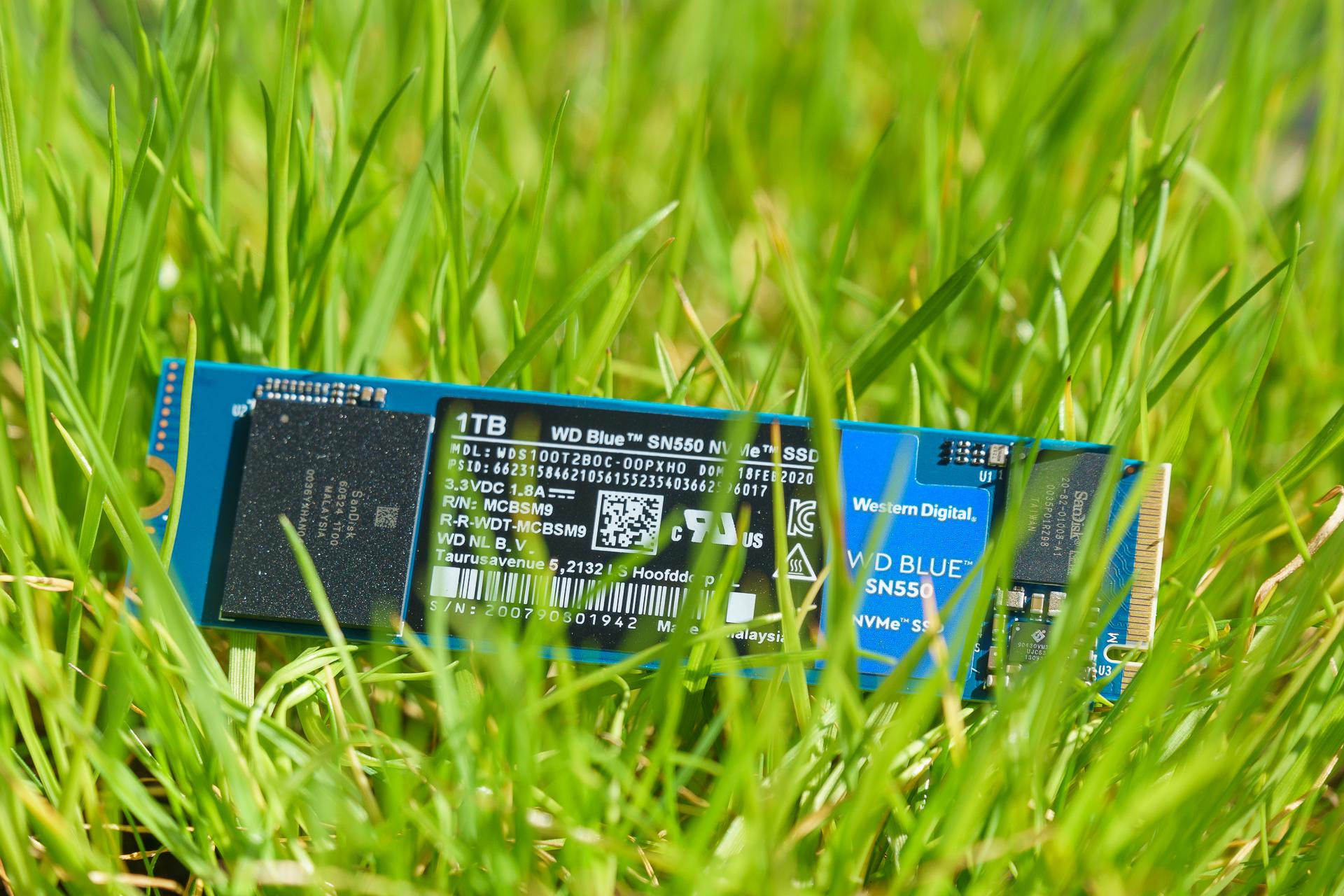 Dysk SSD Western Digital Blue SN550 - solidny średniak 21