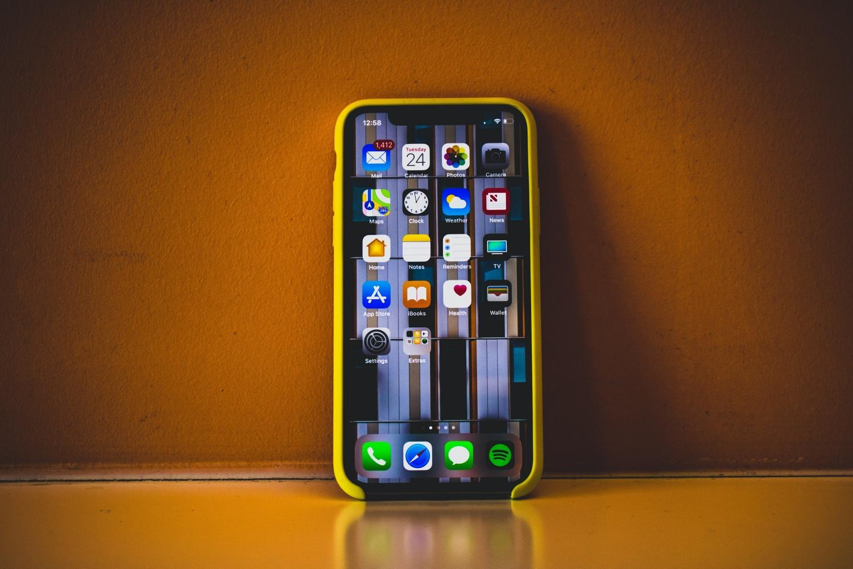 Ciekawy koncept iOS 14. Widżety trafiły na ekran główny 16