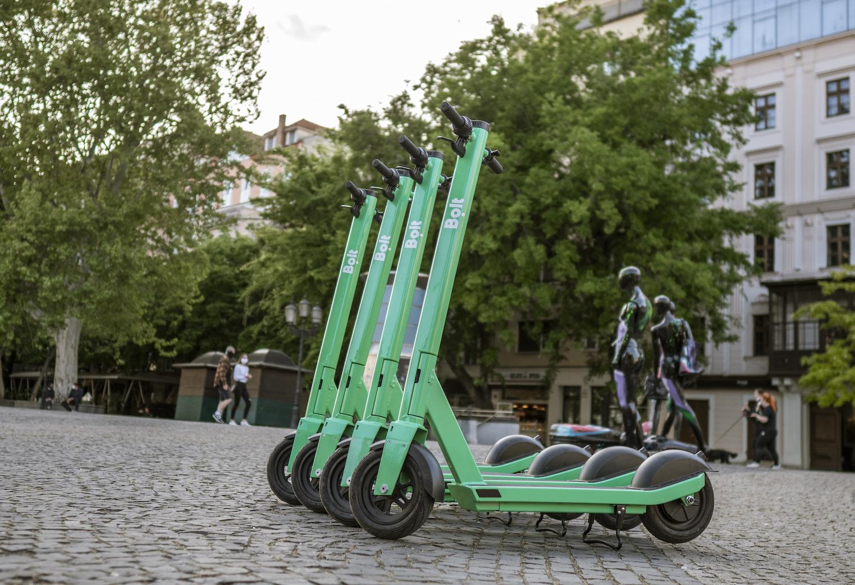Bolt uruchamia elektryczne hulajnogi w Białymstoku. Jest tanio! 20