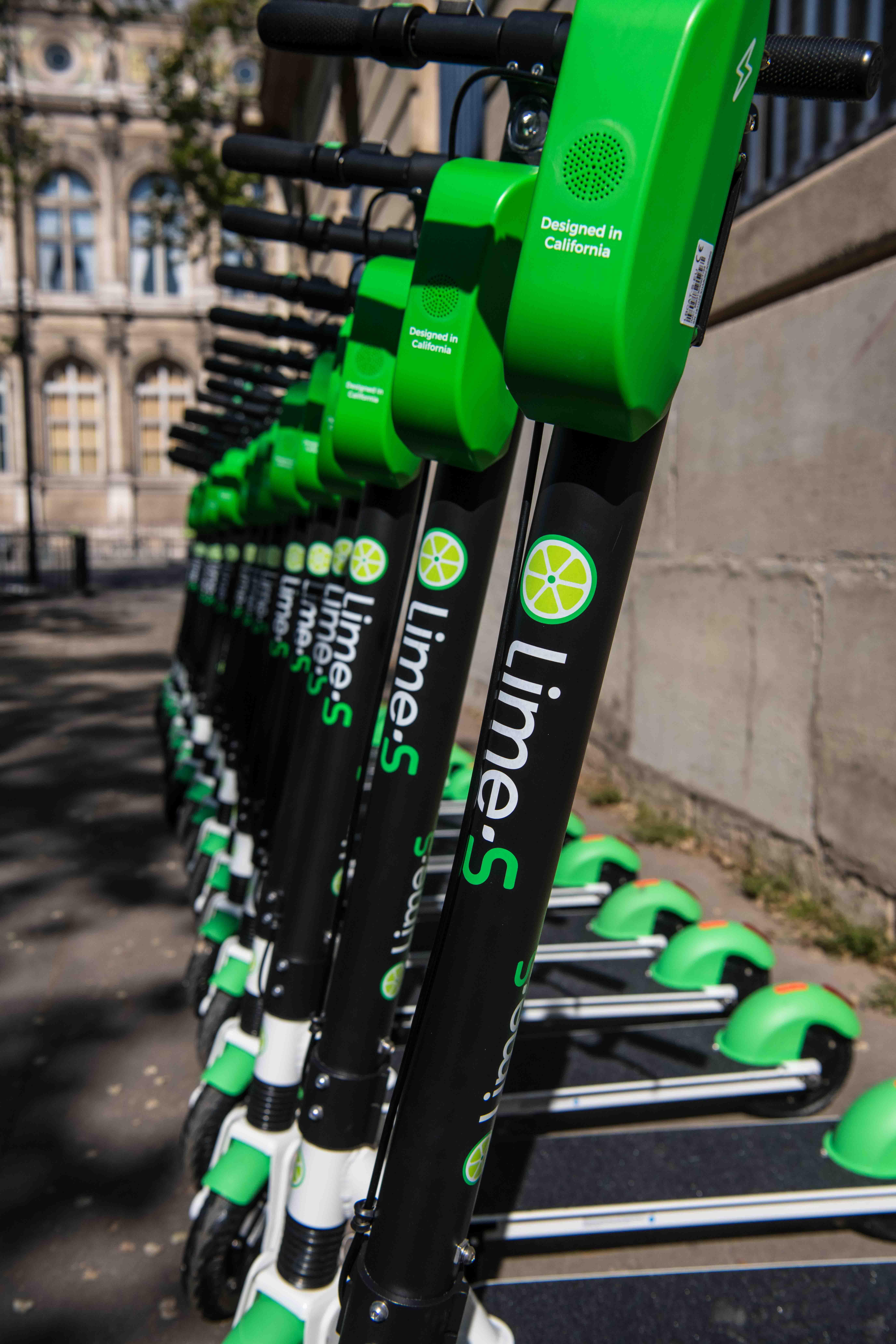 400 elektrycznych hulajnóg trafiło do Krakowa. Lime zaprasza na darmową przejażdżkę 18