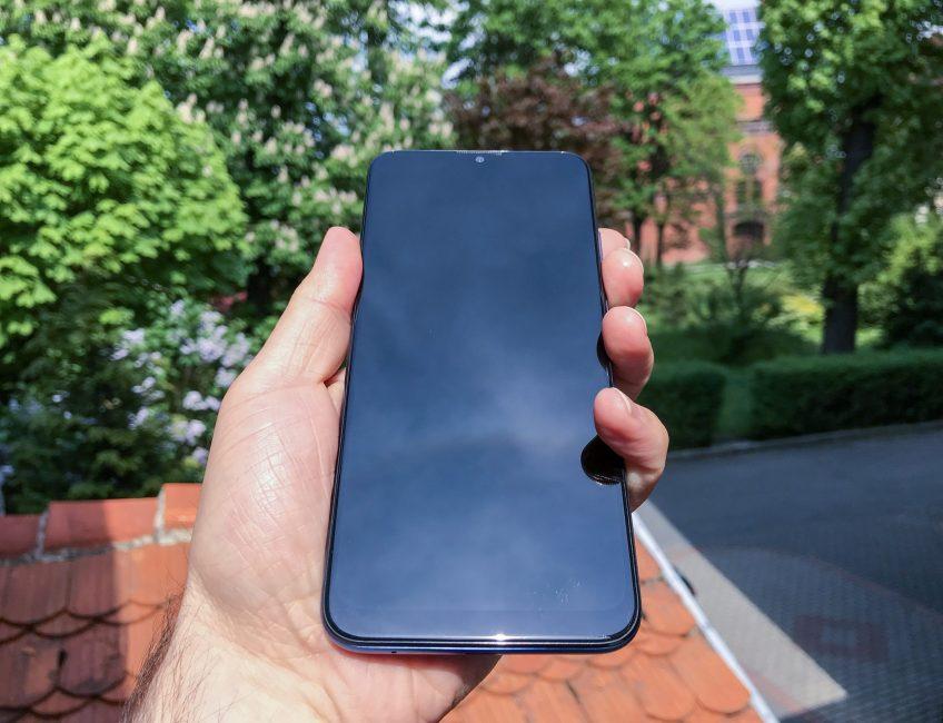 Motorola Moto G8 Power Lite front