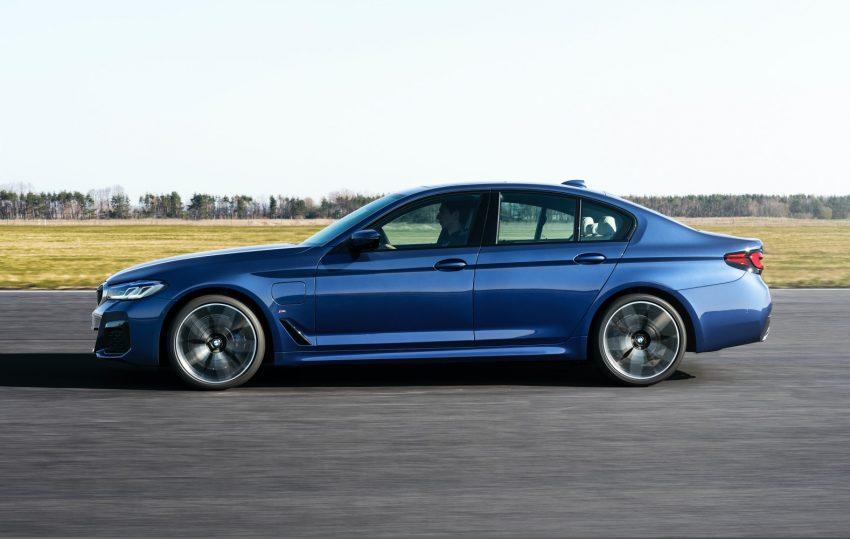 BMW odświeża serię 5 i wreszcie wprowadza Android Auto 22