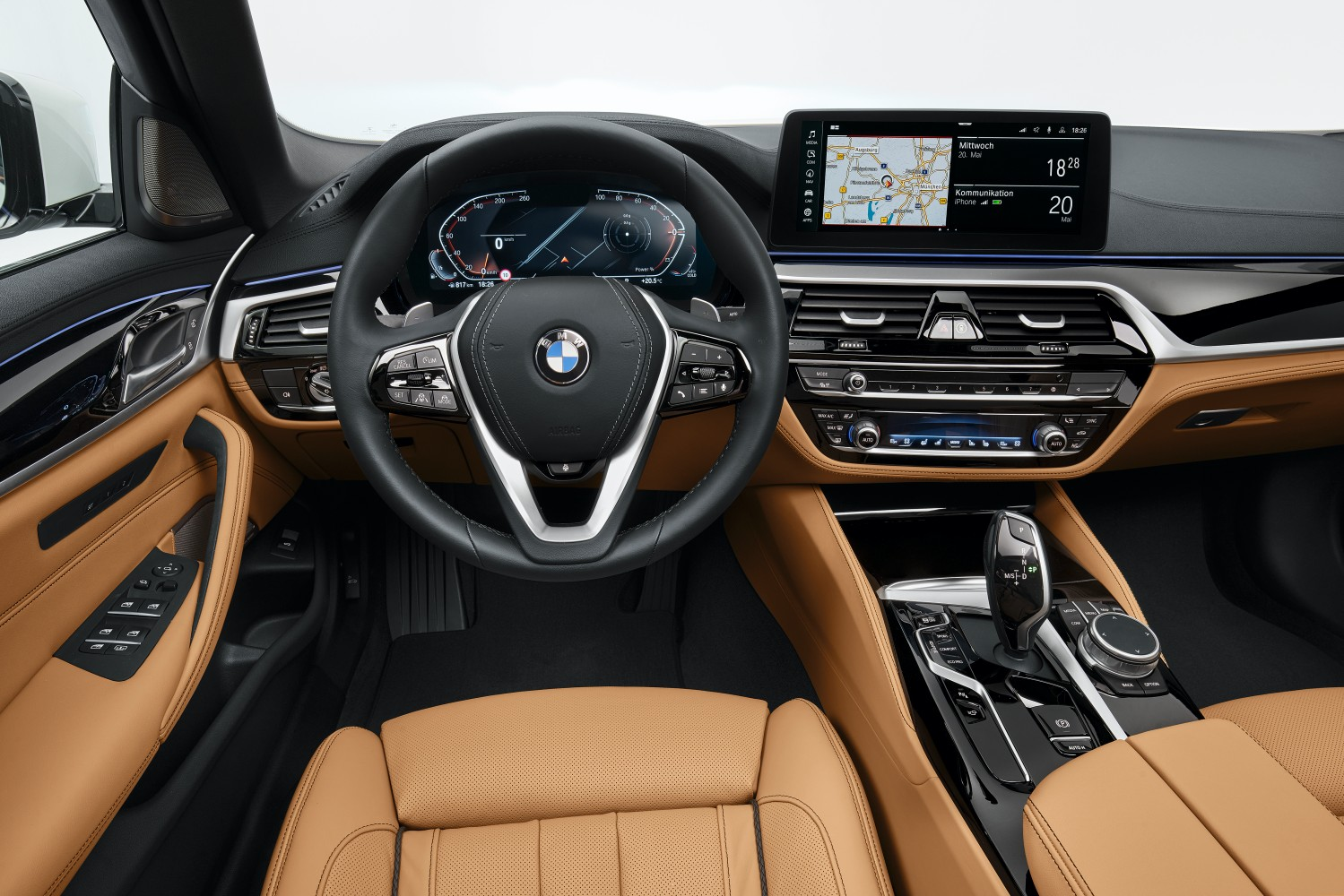 BMW odświeża serię 5 i wreszcie wprowadza Android Auto 18