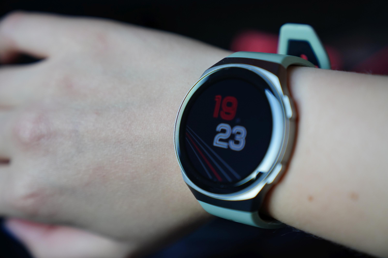 Recenzja Huawei Watch GT 2e - usportowiona i tańsza wersja Watcha GT 2 26