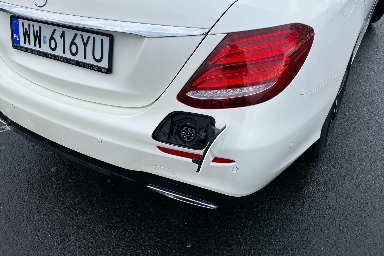 Mercedes E300de