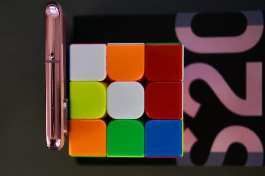 Samsung Galaxy S20 - najmniejszy z serii, choć wcale nie mały (recenzja) 22