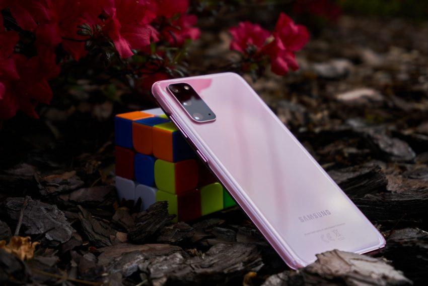 Samsung Galaxy S20 - najmniejszy z serii, choć wcale nie mały (recenzja) 52