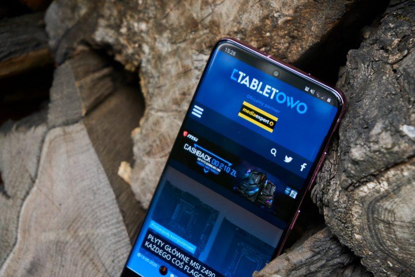 Samsung Galaxy S20 - najmniejszy z serii, choć wcale nie mały (recenzja) 54