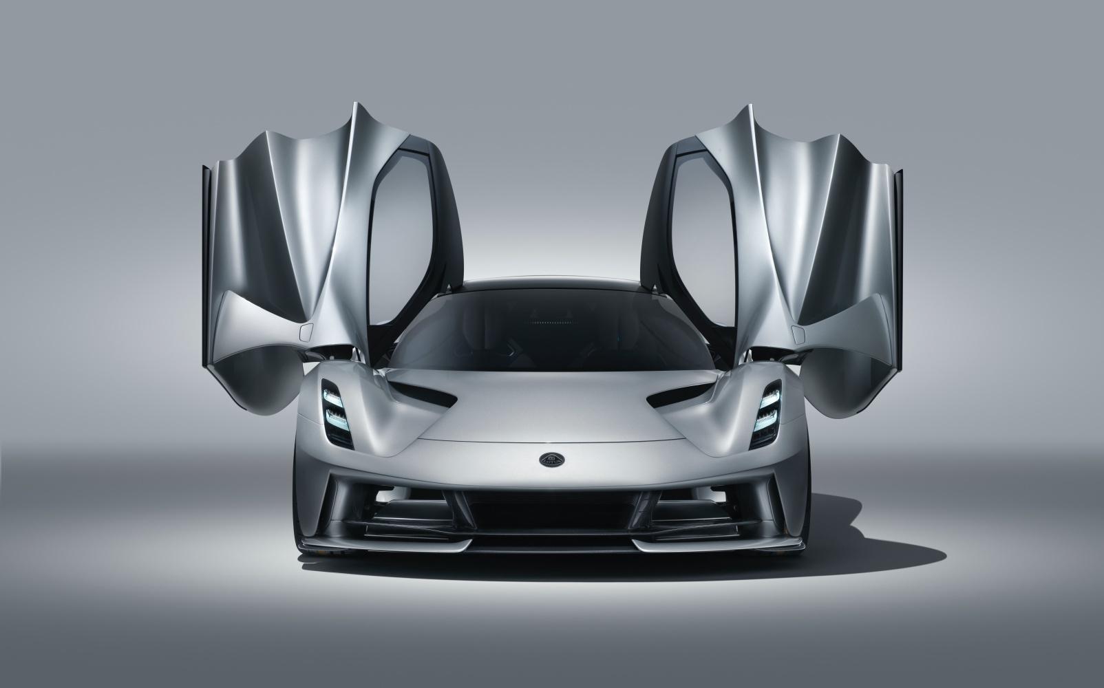 Lotus pożegna się z silnikami spalinowymi. Przyszłość jest elektryczna