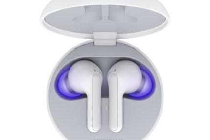 Przed nowymi słuchawkami LG drżą bakterie. TONE Free mają etui dezynfekujące 23