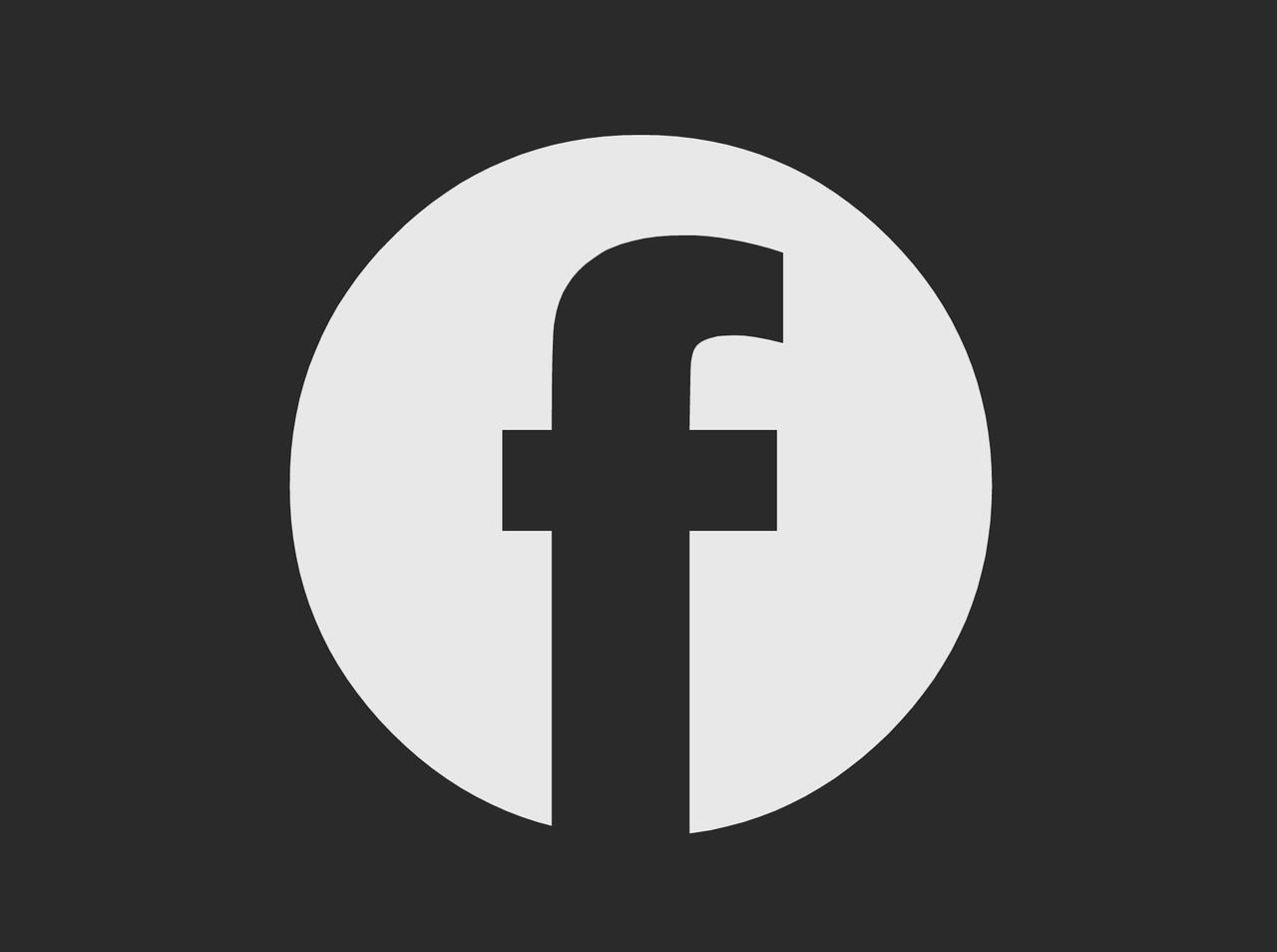 Ciemny motyw mobilnego Facebooka - pierwsi użytkownicy już go mają!