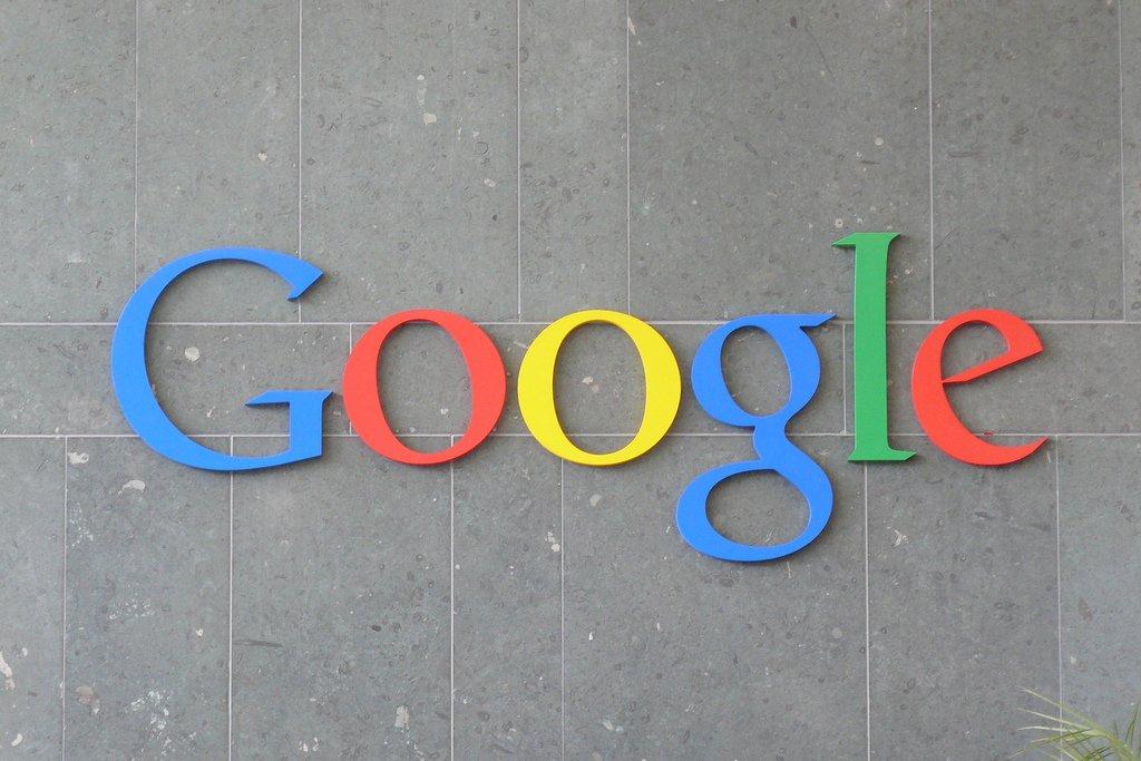 Google: koniec z zarabianiem na teoriach spiskowych!