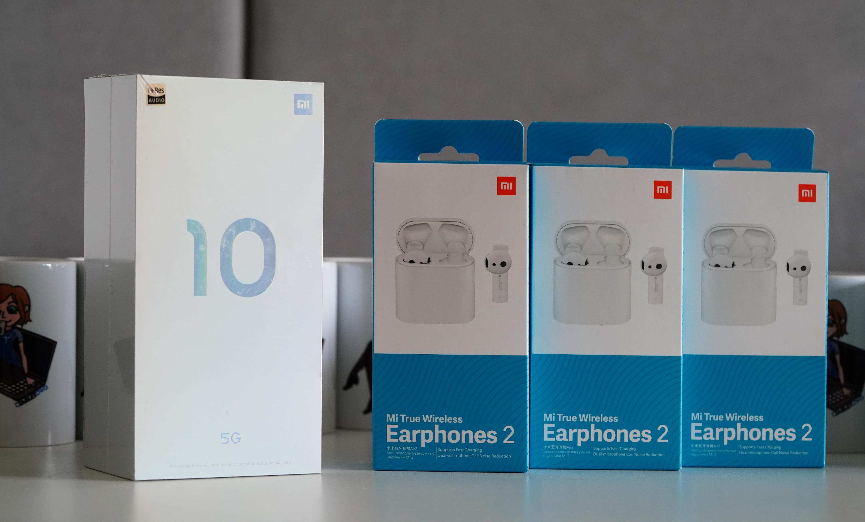 Konkurs! Do wygrania Xiaomi Mi 10, trzy pary słuchawek TWS i dziesięć kubków Tabletowo! 20
