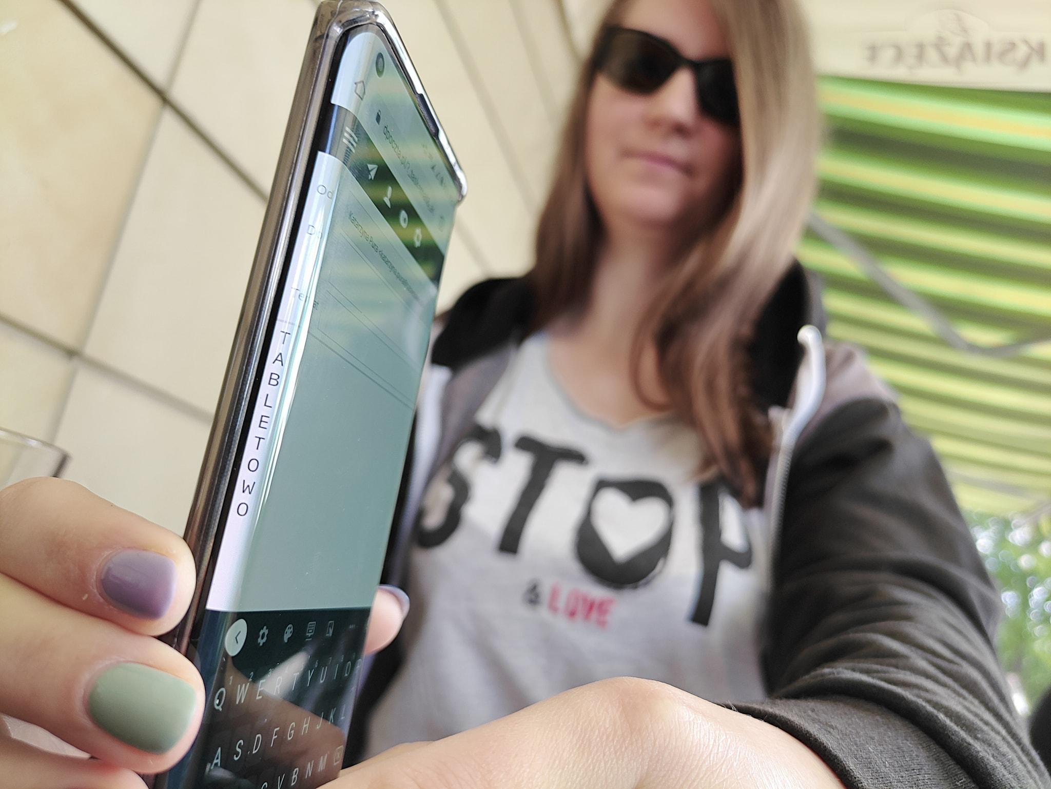 Motorola Edge - recenzja nieziemskiego smartfona 47