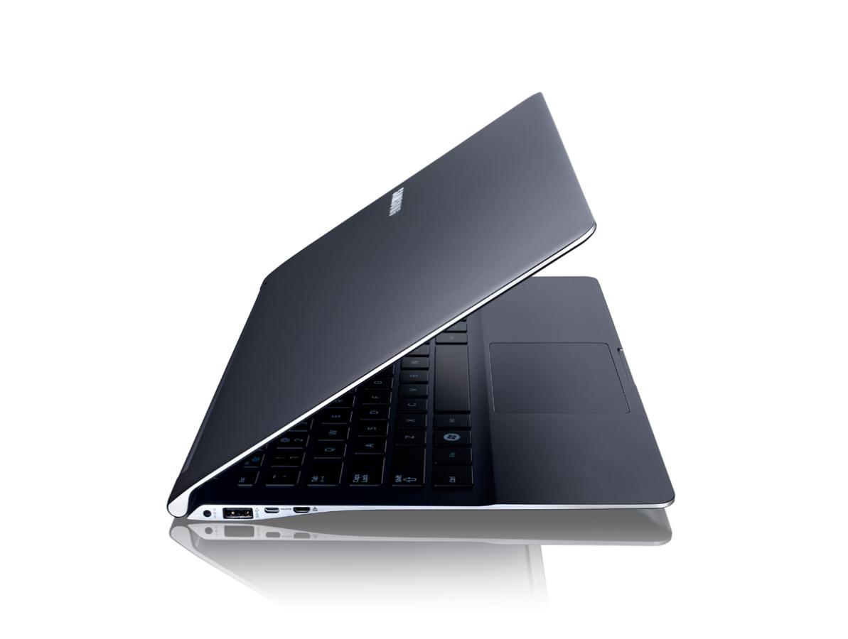 Około-laptopowe projekty zawsze potrafiły zaskoczyć. Jakie hybrydy, sprzęty 2-w-1 i nietypowe laptopy wspominacie najlepiej? 24