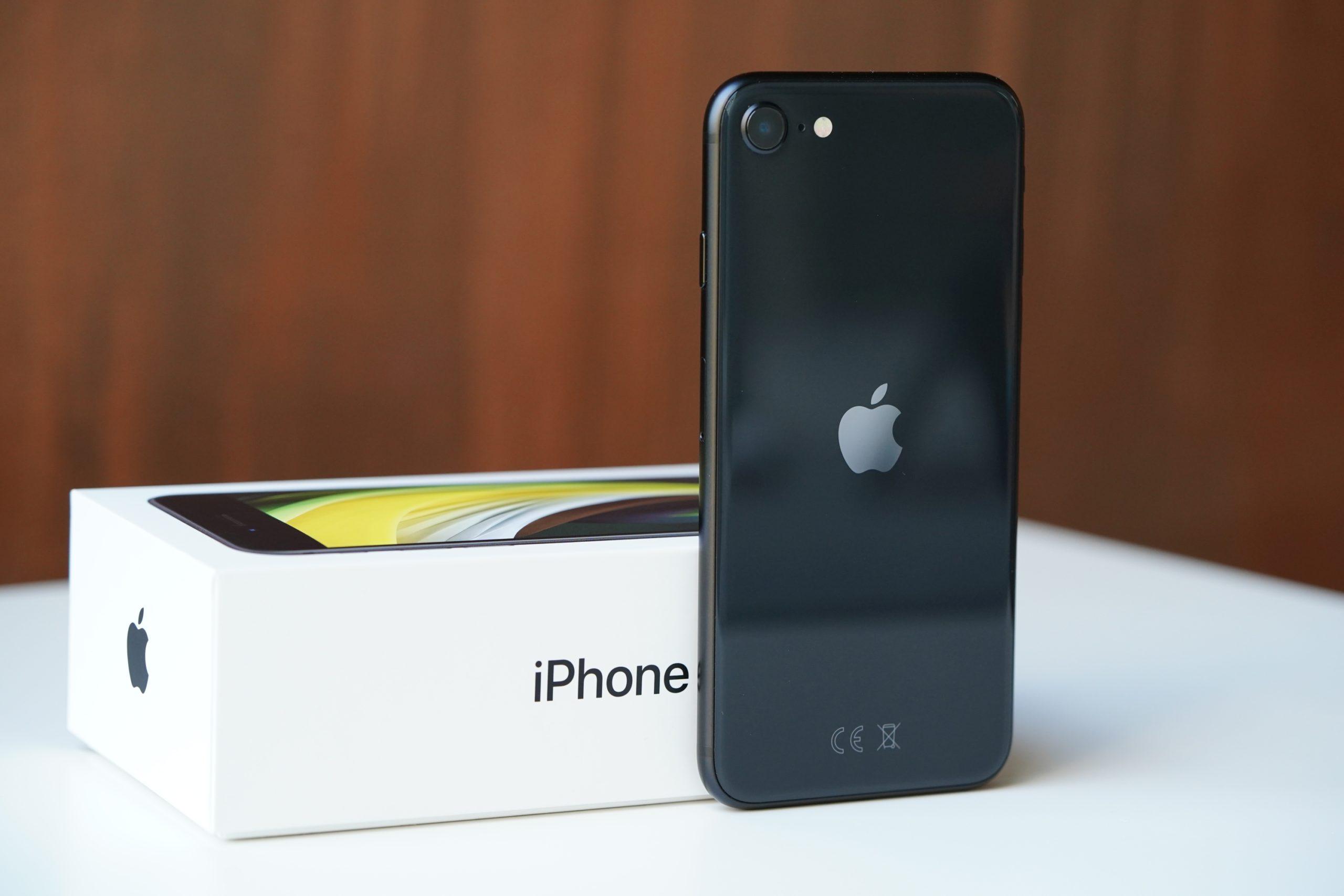 Jaki smartfon do 2500 złotych warto kupić? Oto moje TOP 5