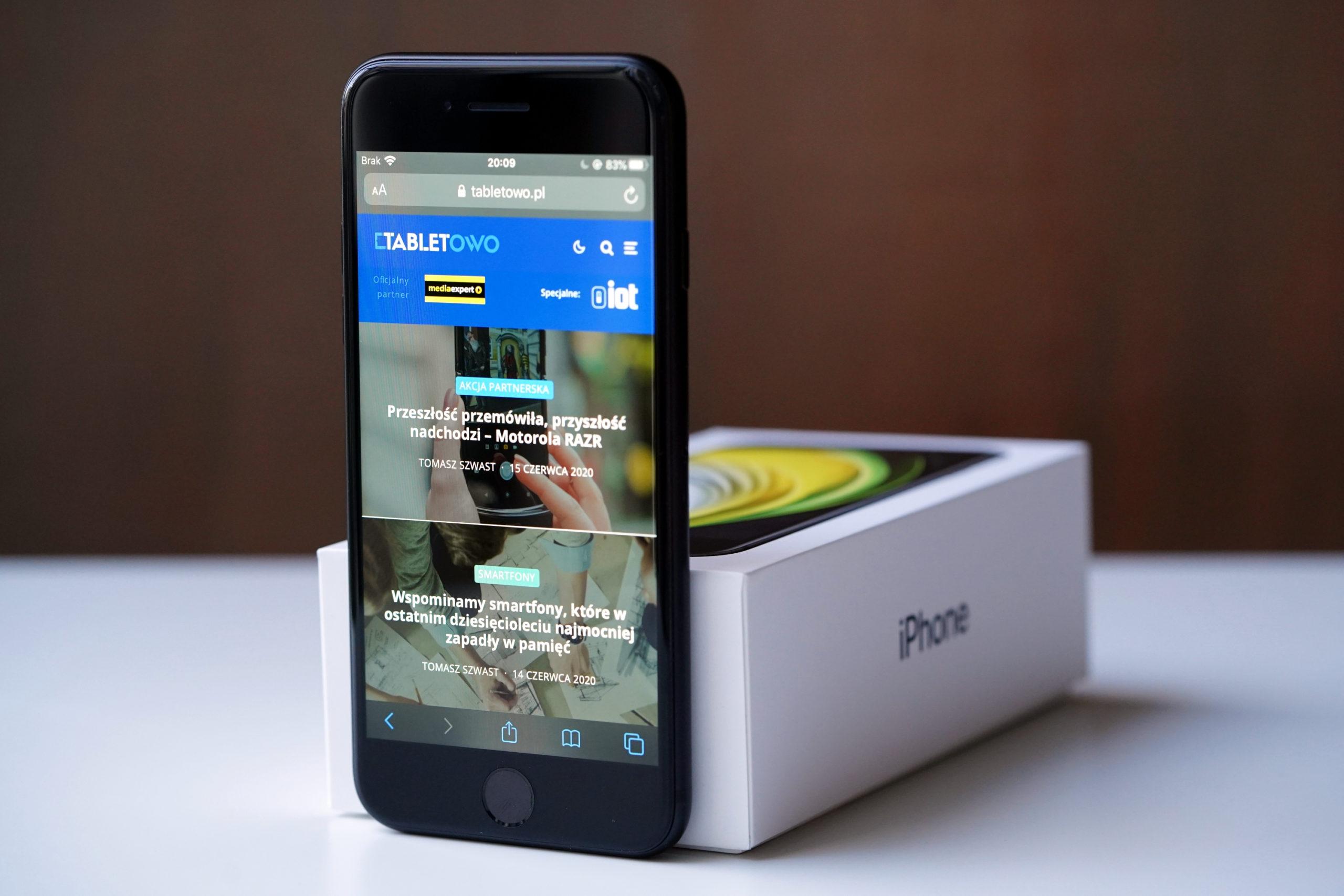smartfon iPhone SE 2020 smartphone