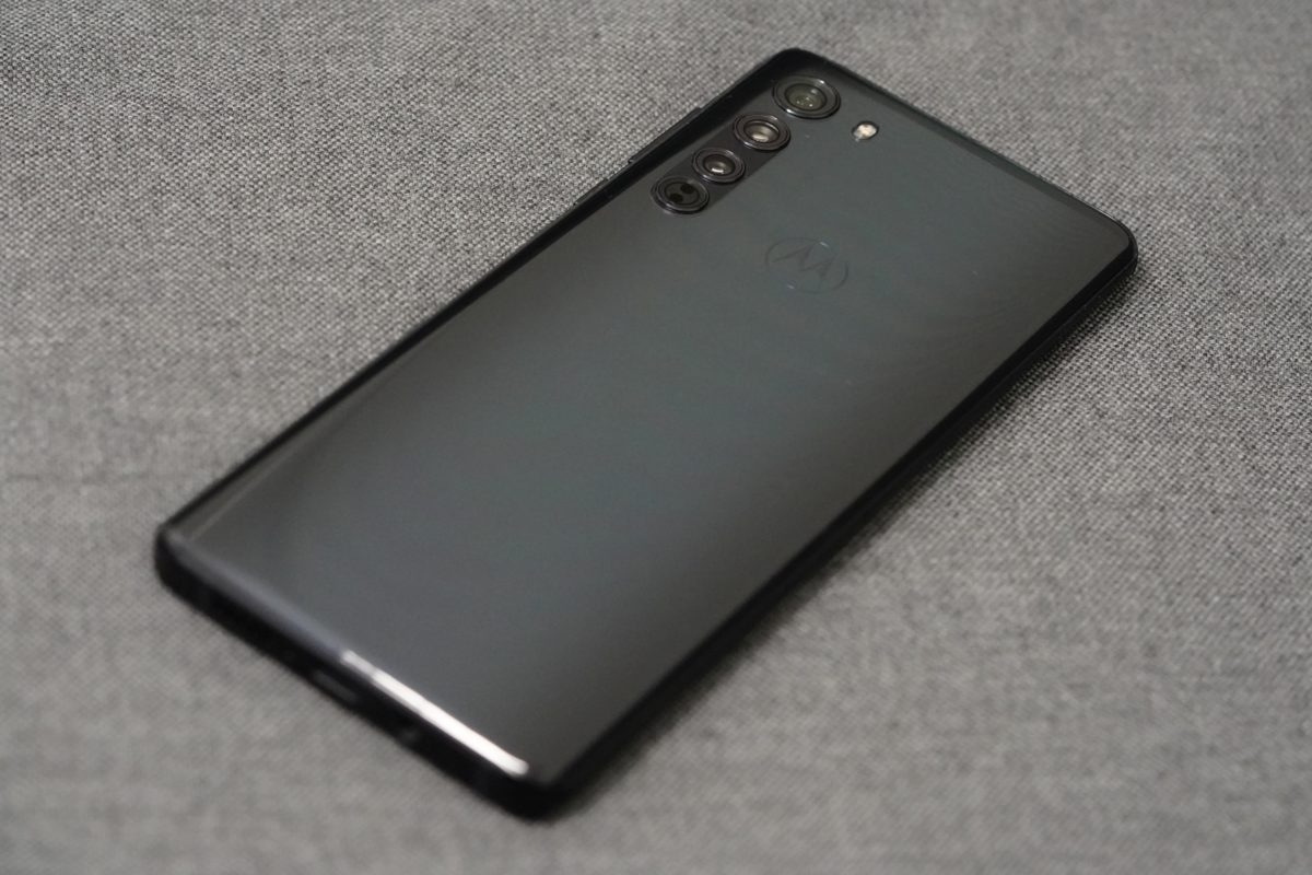 Motorola Edge - recenzja nieziemskiego smartfona 19