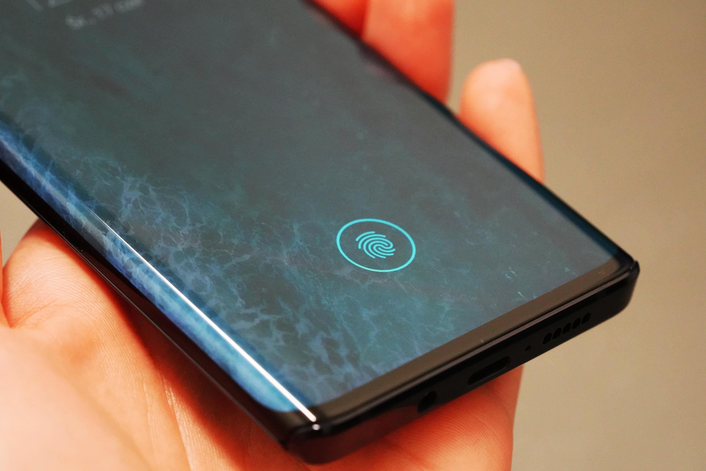 Motorola Edge - recenzja nieziemskiego smartfona 111