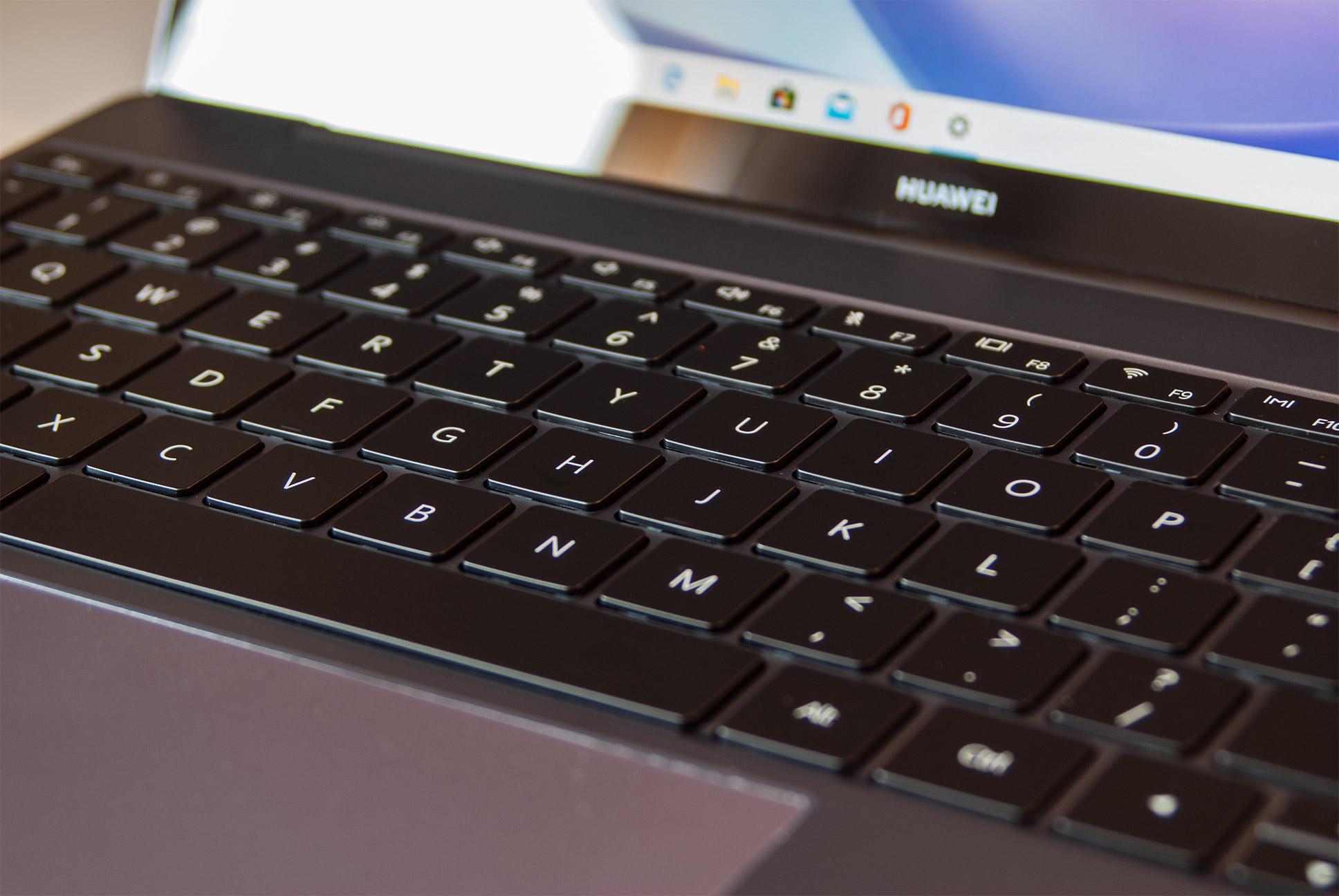 Recenzja Huawei Matebook 13 z procesorem AMD. W tej cenie wybaczyć mogę wiele