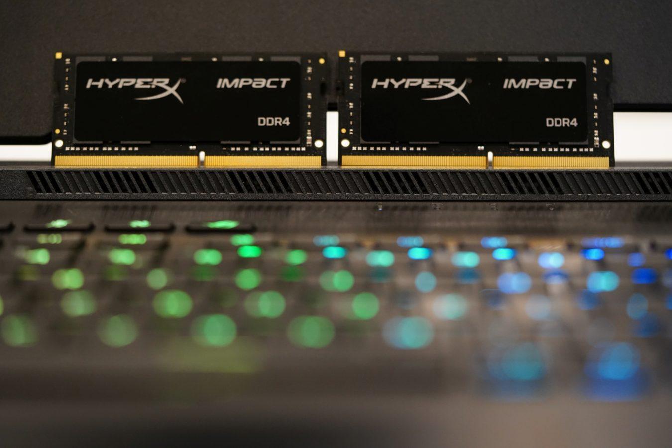 Sprawdzamy, co daje wymiana podstawowego RAM-u w laptopie na mocarne pamięci 17