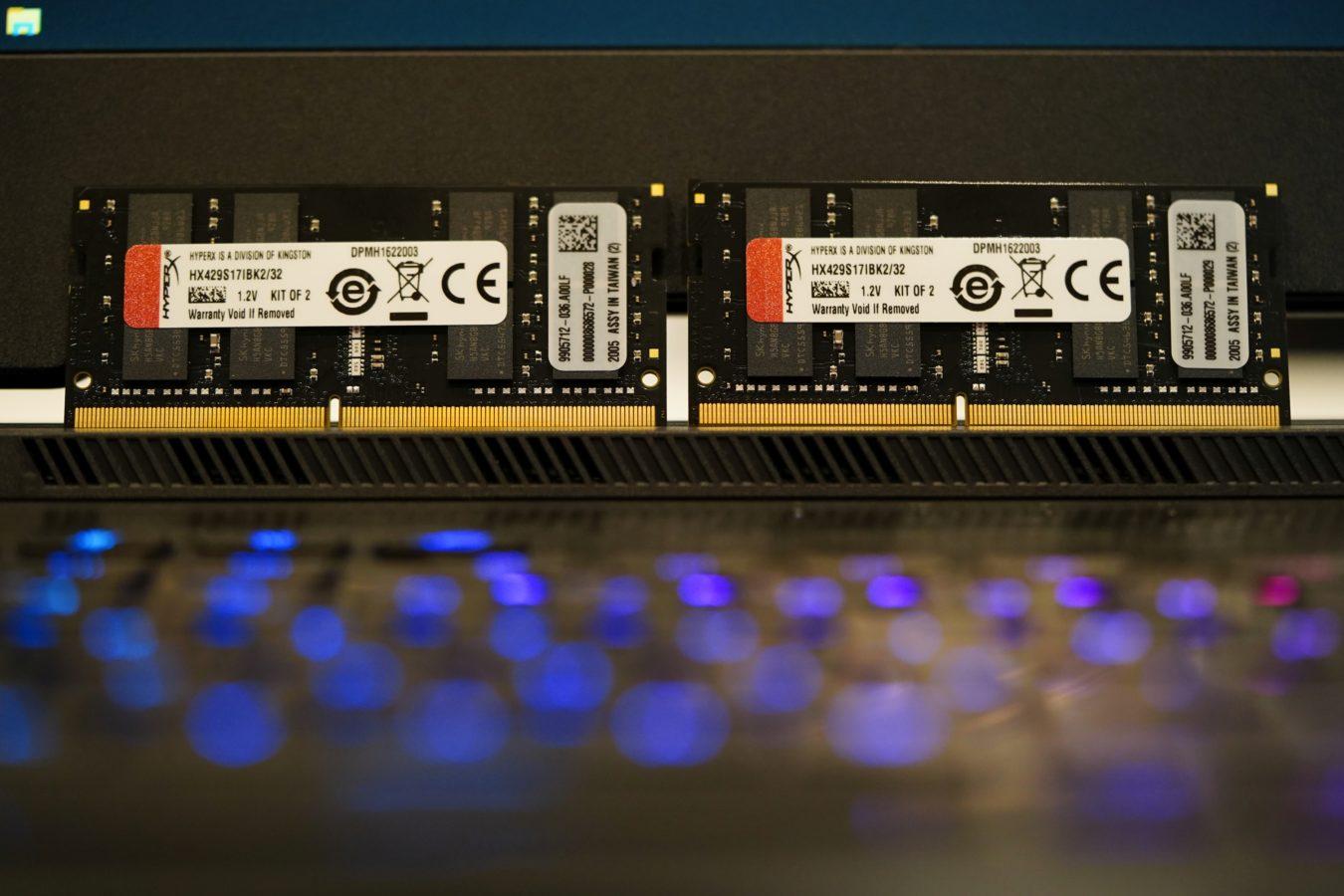 Sprawdzamy, co daje wymiana podstawowego RAM-u w laptopie na mocarne pamięci 20 HyperX Impact DDR4 Sodimm 2933 MHz