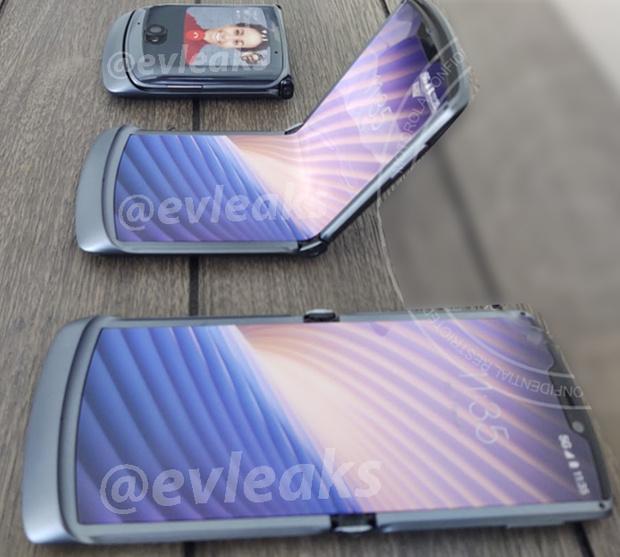 składany smartfon Motorola RAZR 2020 foldable smartphone