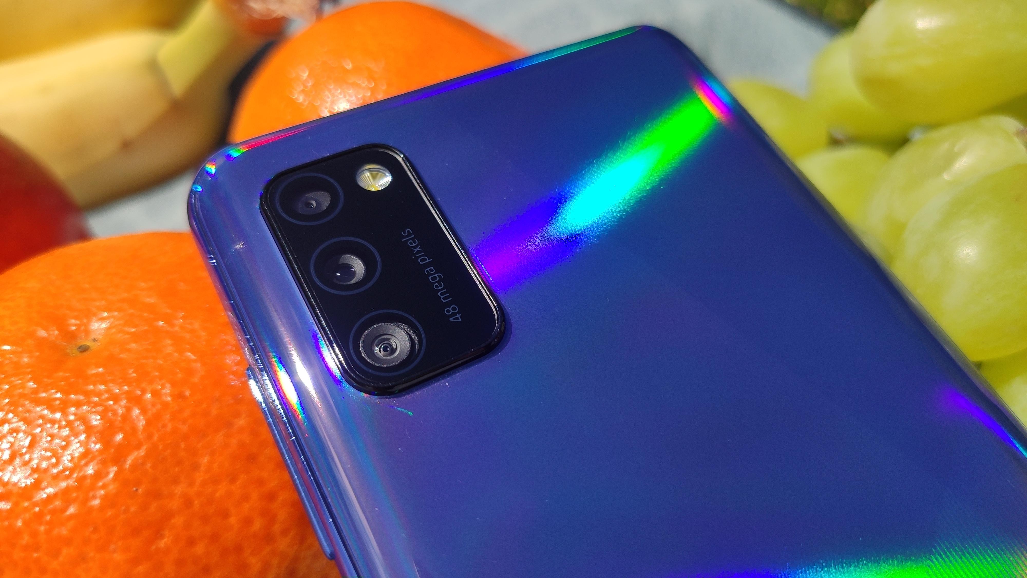 Żywe kolory to domena tego modelu od Samsunga. | fot. Krzysztof Rodziński