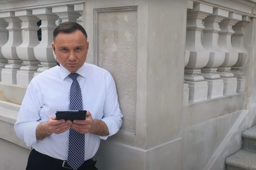 """Światłowód w każdym domu? Andrzej Duda prezentuje """"Kartę wolności w sieci"""" 21"""