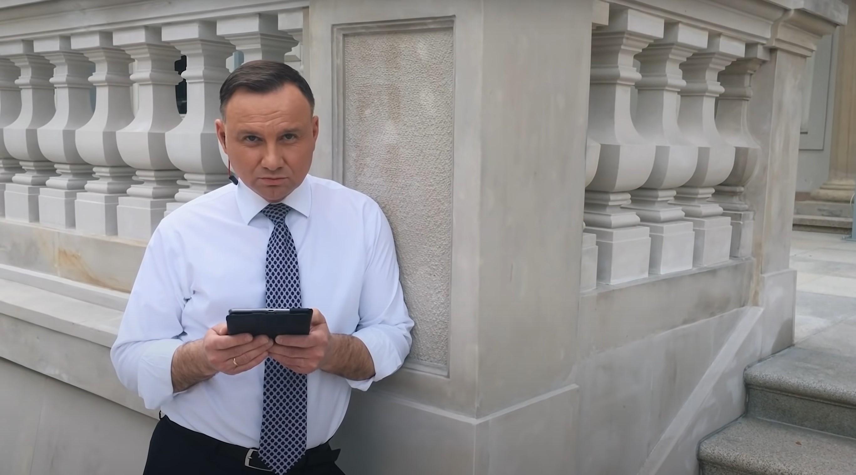 """Światłowód w każdym domu? Andrzej Duda prezentuje """"Kartę wolności w sieci"""" 18"""