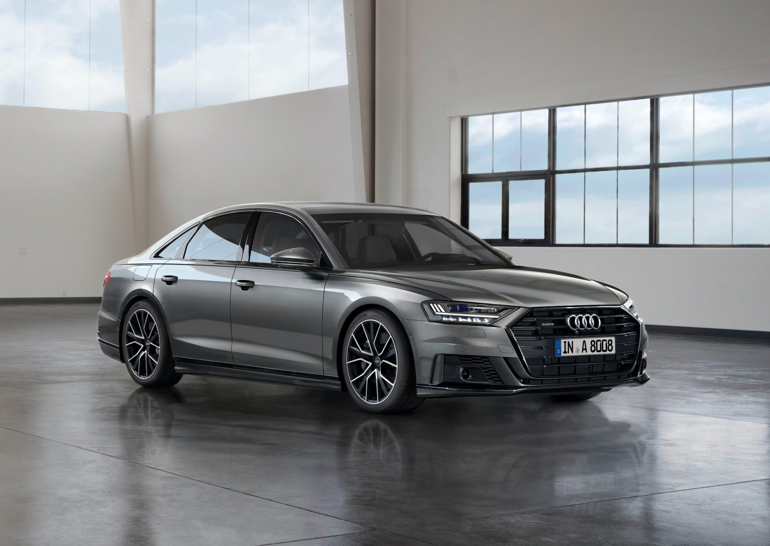Audi A8 D5.