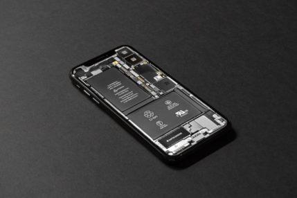 iOS 13.5.1 i poważny problem z akumulatorem. Tylko 5 godzin na jednym ładowaniu 23