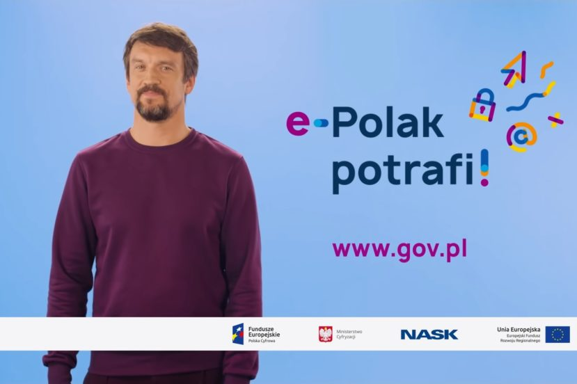 Polacy coraz częściej załatwiają sprawy urzędowe przez internet 23