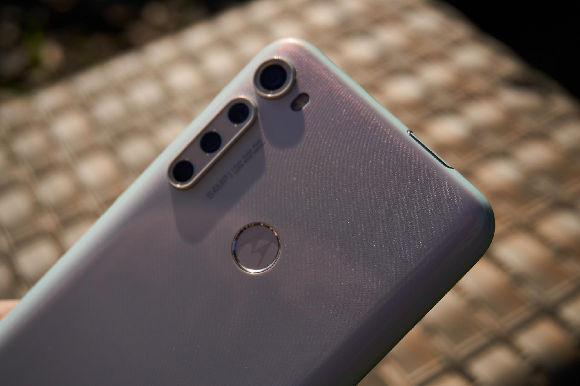 Motorola One Fusion+ to średniak, któremu brakuje tylko NFC (recenzja) 69
