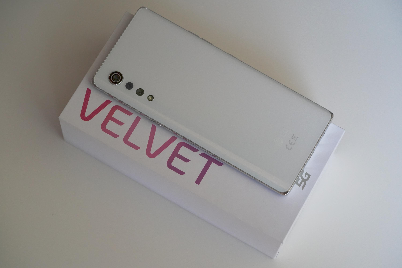 LG Velvet w całej okazałości