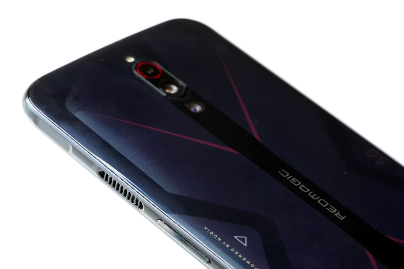 Nubia Red Magic 5G - smartfon TYLKO dla graczy, niestety 20