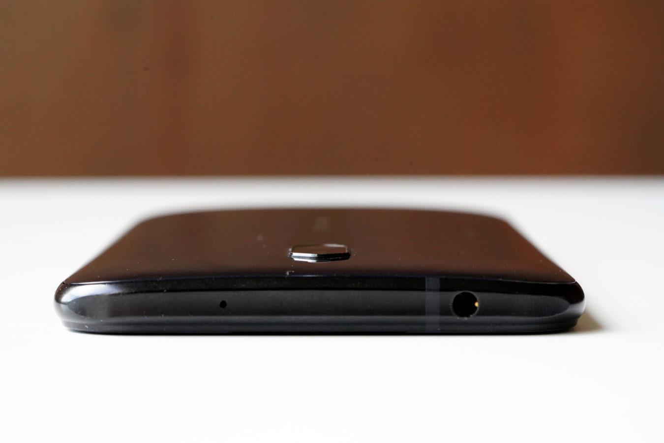 Nubia Red Magic 5G - smartfon TYLKO dla graczy, niestety 101