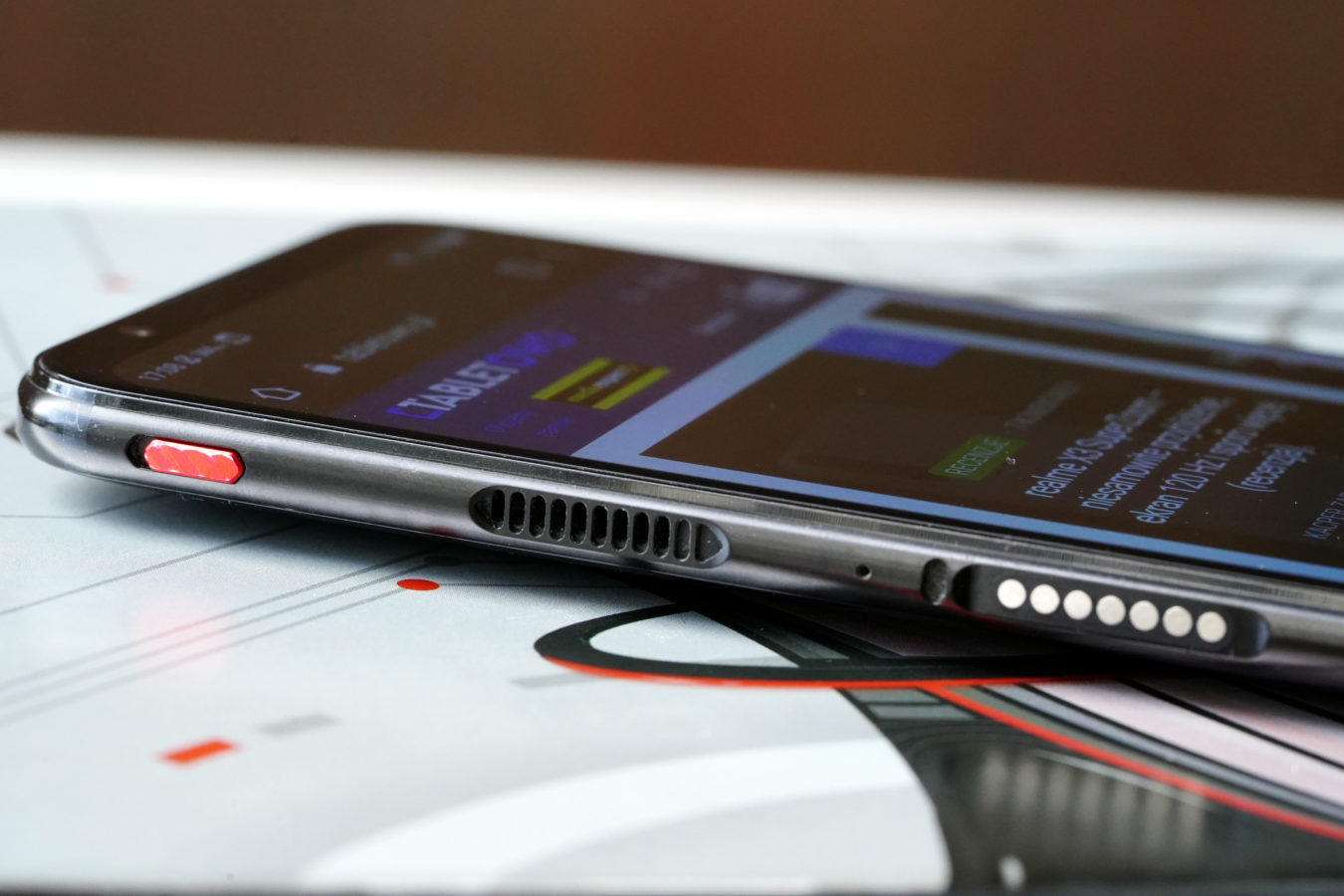 Nubia Red Magic 5G - smartfon TYLKO dla graczy, niestety 23