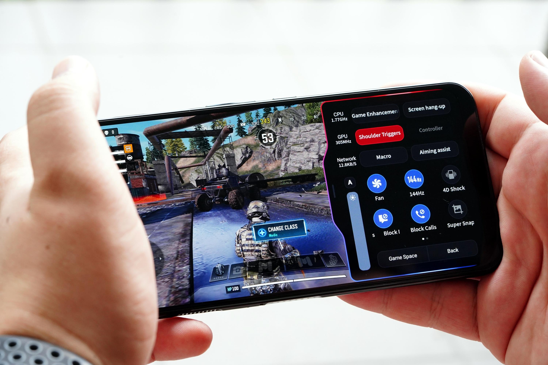 Nubia Red Magic 5G - smartfon TYLKO dla graczy, niestety 32