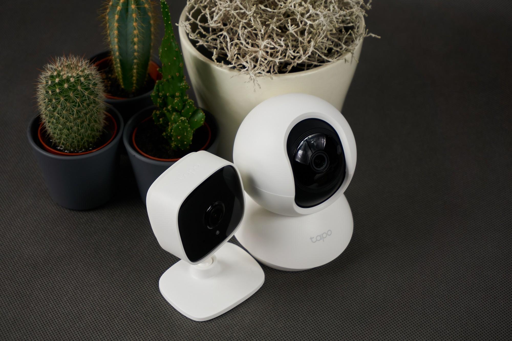 Obie kamerki TP-Link - pełny domowy monitoring ;)