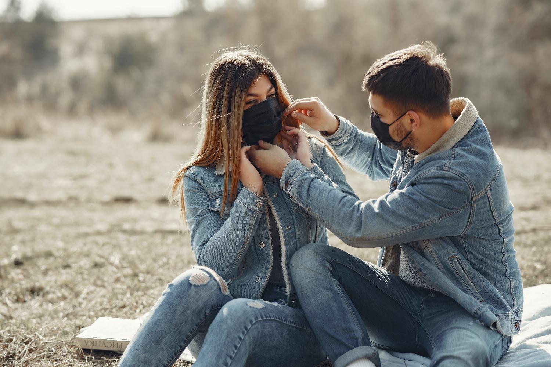 Tinder z funkcją Face to Face, czyli randki wideo w dobie koronawirusa