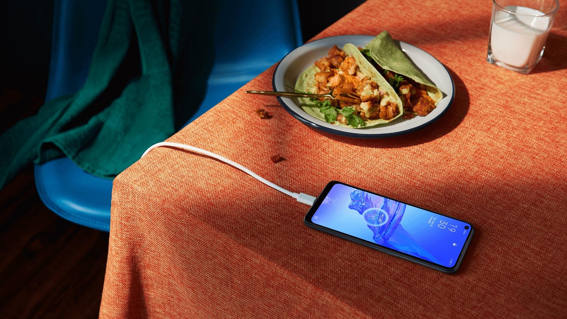 smartfon Oppo A53 smartphone