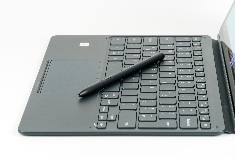 Samsung Galaxy Tab S7+ klawiatura i pióko