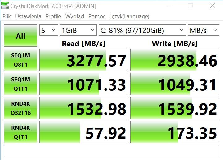 Huawei Matebook 13 CrystalDiskMark