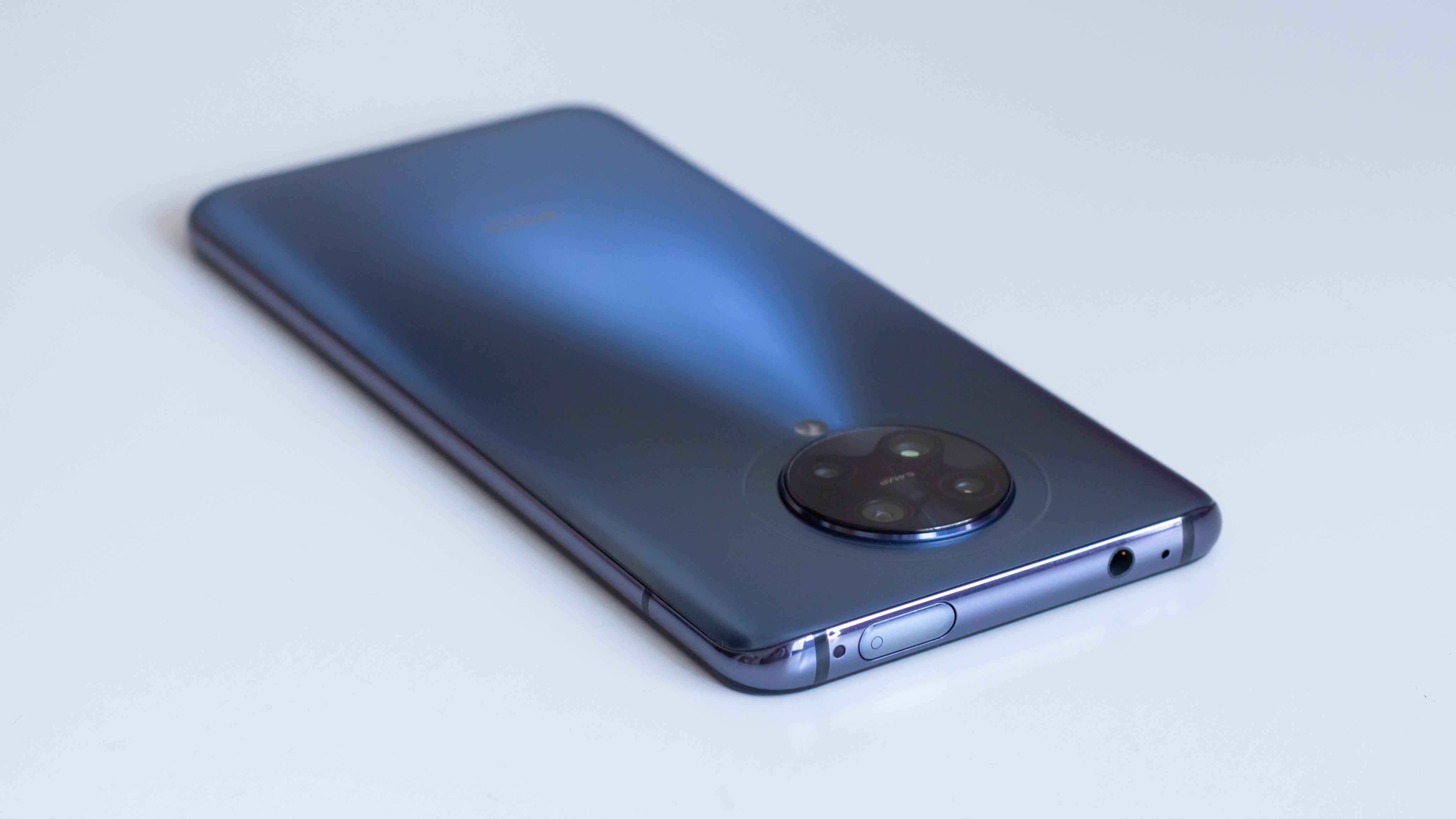 Takie smartfony lubię! Recenzja Poco F2 Pro 22 Poco F2 Pro