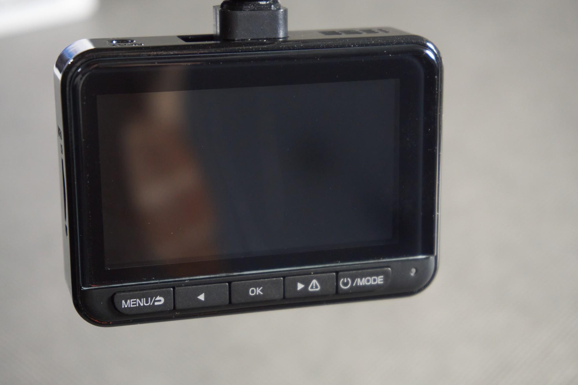 Recenzja Navitel R700 GPS Dual - multifunkcyjnego kombajnu samochodowego