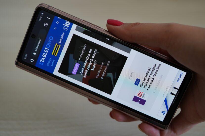 Składane smartfony będą jeszcze cieńsze i lżejsze. Samsung ma ciekawe zdanie na ich temat
